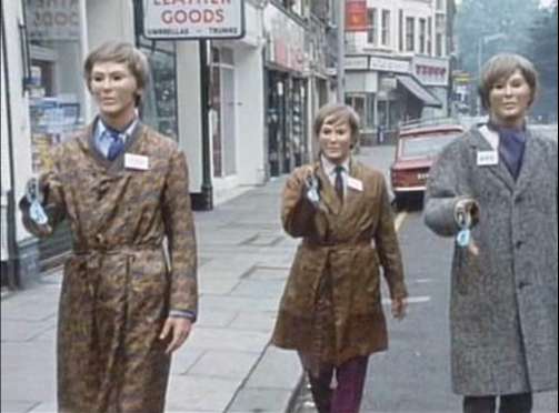 Autons in the Street